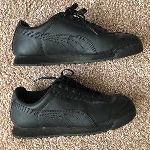 😍 Puma Roma All Black Sneackers